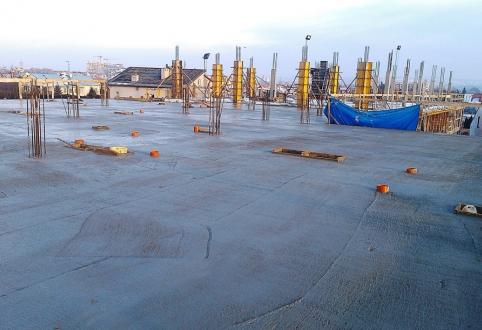 Kolejny etap budowy Inwestycji ZIG ZAK HOUSE zakończony - strop nad parterem zalany.
