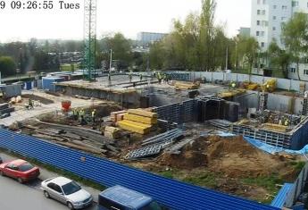 Widać już ściany garażu podziemnego nowego budynku w Rzeszowie.