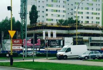 Pniemy się szybko do góry i widać nas już z ulicy Krakowskiej w Rzeszowie ;-)
