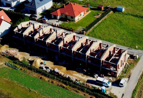 Ostatni etap przed przystąpieniem do wykonaniu konstrukcji dachu