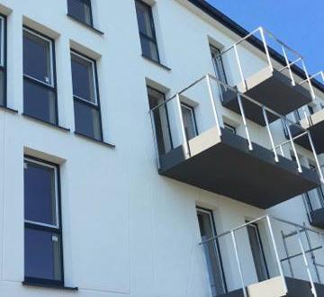 W inwestycji ZIG ZAK House elewacja od strony północnej została już ukończona.