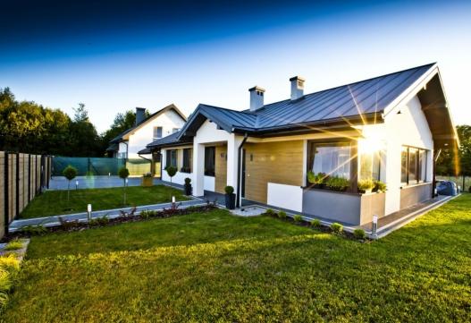 Osiedle czterech domów jednorodzinnych w Tyczynie